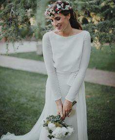 The Rosa Clará Sal gown is in our Sydney boutique. Modest Wedding Gowns, Elegant Wedding Dress, Dream Wedding Dresses, Designer Wedding Dresses, Bridal Dresses, Bridesmaid Dresses, Minimalist Wedding Dresses, Bridal Fashion Week, Long Sleeve Wedding