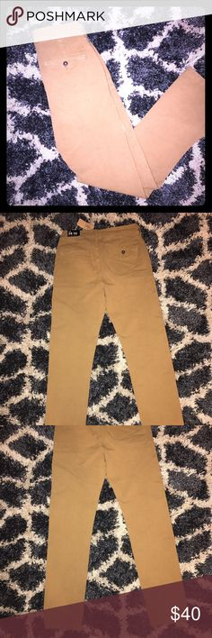 🆕AEO 360 Extreme Flex Chinos NWT 5 Pocket slim fit great look chino/khakis. These can be uniform pants or worn for whatever. 28x32. American Eagle Outfitters Pants Chinos & Khakis
