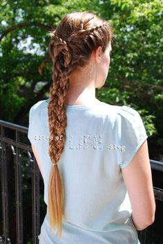 LOTR Arwen Helm's Deep braid . . . Going to have to try this on Rowan...if she'll let me