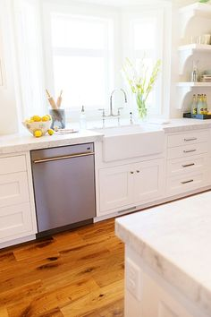 Kitchen farmhouse sink. White kitchen with farmhouse sink #farmhousesink #whitefarmhousesink Millhaven Homes. Caitlin Creer Interiors