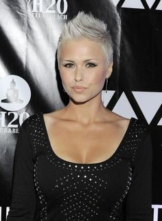 absolutely beautiful and extremely sexy hair cut. The House of W Pixie Hairstyles, Pixie Haircut, Short Hairstyles For Women, Haircuts, Edgy Short Hair, Short Hair Cuts, Short Hair Styles, Hair Color And Cut, Hair Colour