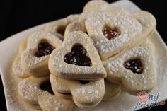 Wespennester ohne Backen: die besten Weihnachtsplätzchen aus Böhmen Wasp nests without baking: the best Christmas cookies from Bohemia Food Desserts Best Christmas Recipes, Best Christmas Cookies, Christmas Baking, Baking Recipes, Cake Recipes, Buttermilk Cake Recipe, Garlic Benefits, Czech Recipes, Pudding Desserts