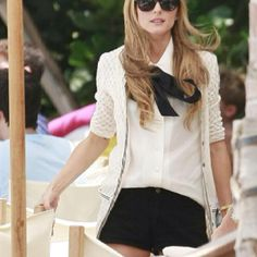 Olivia Palermo media gallery on Coolspotters. See photos, videos, and links of Olivia Palermo. Preppy Look, Preppy Style, Her Style, Look Olivia Palermo, Olivia Palermo Lookbook, Mode Chic, Mode Style, Looks Chic, Looks Style
