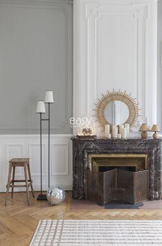 Bel appartement de style haussmanien avec parquet et moulures à louer pour un shooting photo ou pour un tournage de film dans le centre de Lyon. Cet espace atypique possède une belle hauteur sous plaf [...]