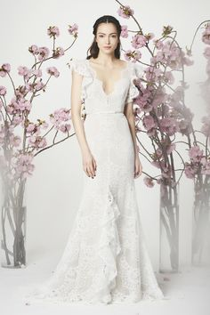 WedLuxe– Marchesa Notte – Spring 2018 Bridal Collection |  Follow @WedLuxe for more wedding inspiration!