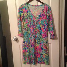 Lilly Pulitzer Palmetto Dress Lilly Pulitzer Palmetto Dress in Hot Spot print. Excellent used condition! Will take less through ️️. Lilly Pulitzer Dresses