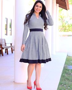Modest Dresses, Casual Dresses, Fashion Dresses, Summer Dresses, Vestido Lady Like, South African Traditional Dresses, Short Frocks, Shweshwe Dresses, Business Casual Attire
