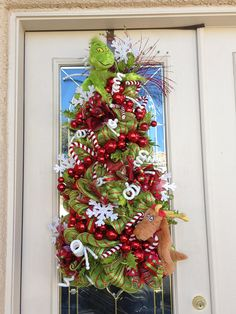The Grinch and Max Christmas Tree with Candy canes Snowflakes Grinch Christmas Tree, Christmas Things, Christmas Projects, Christmas And New Year, Christmas Time, Christmas Ideas, Holiday Door Decorations, Holiday Wreaths, Holiday Decor