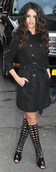 For a new look, belt your trench like Selena Gomez
