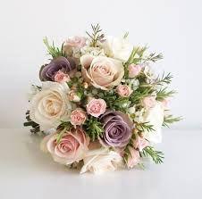 Αποτέλεσμα εικόνας για νυφικη ανθοδεσμη με τριανταφυλλα