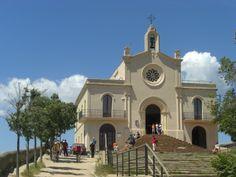 Esta ermita es  Sant Ramón,esta en mi pueblo, Sant Boi  de llobregat, Barcelona