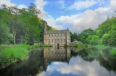 Gibson Mill, Hardcastle Crags. (A mug of Yorkshire tea and a piece carrot cake after a lovely long walk - bliss).