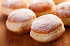 Viennese cuisine is famous and much loved for its variety of sweets. Whether hot or cold, as a starter or dessert: enjoy the sweeter side of Vienna! Donut Recipes, Baking Recipes, Cake Recipes, Dessert Recipes, Beignets, German Baking, Thermomix Desserts, Delicious Desserts, Breads