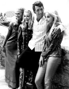 Dean Martin ~ holdin' three of a kind
