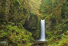 Image: 'Weisendanger Falls - Height 55 - Elevation+950'', found on flickrcc.net