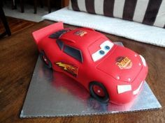 Lightening McQueen Car Cake Tutorial MCGREEVY CAKES WITH LOVE / TUTORIALS posted by MCGREEVY / 0 comments