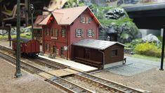 Ho Scale Train Layout, Ho Train Layouts, Ho Scale Trains, Ho Trains, Model Trains, Model Railway Track Plans, Jeepney, Scenery, Cabin