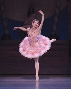 "Kimberly Ratcliffe as Sugar Plum Fairy in Nashville Ballet's ""Nutcracker"""