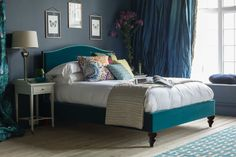 Handmade in England by skilled craftsmen, the Richmond bed oozes elegant simplicity. A timeless and versatile design to suit a variety of bedroom styles. Turquoise Bedding, Teal Bedding, Linen Bedding, Bed Linens, Gray Comforter, Comforter Sets, Bedroom Color Schemes, Bedroom Colors, Bedroom Decor
