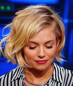 cool Attractive short hairstyles in 2016 for Wavy Hair //  #2016 #Attractive #Hair #Hairstyles #Short #wavy
