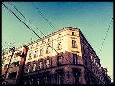 #Bytom, sklep Balonik #townhouse #kamienice #slkamienice #silesia #śląsk #properties #investing #nieruchomości #mieszkania #flat #sprzedaz #wynajem Louvre, Building, Travel, Viajes, Buildings, Destinations, Traveling, Trips, Construction