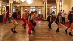 Répétitions du Bal des Vampires à Mogador : la troupe de danseurs