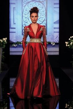 """Randa Salamoun Haute Couture 2010 I Get The Look: """"Game Of Thrones"""" Style In Today's Fashions Fashion Vestidos, Fashion Dresses, Beautiful Gowns, Beautiful Outfits, Beautiful Life, Red Fashion, High Fashion, Fall Fashion, Hijab Mode"""
