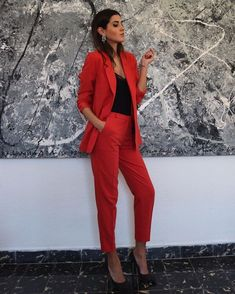 39 Formal and Professional Women Work Outfit to Wear In Spring - - Work Outfits Classy Outfits, Chic Outfits, Fashion Outfits, Formal Outfits, Fashion Trends, Mode Outfits, Office Outfits, Office Shoes, Suit Fashion