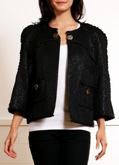 Chanel little black jacket Fall Fashion 2016, B Fashion, Chanel Fashion, Timeless Fashion, Autumn Fashion, Fashion Outfits, Womens Fashion, Chanel Brand, Coco Chanel