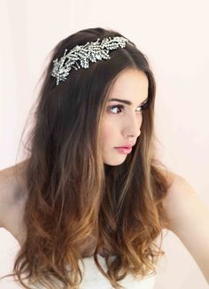 New accessories collection of 2014 by an Australian  Bride La Boheme Handcrafted Wedding Adornments