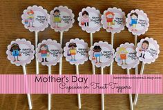It's Written on the Wall: Something Special for Mother's Day | Printables for Mom's Dessert, Breakfast in Bed and More #CupcakesToppers #Cupcakes