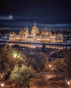 Destinations, Belle Villa, France, London, Week End, Capital City, Paris Skyline, Fun Facts, Photos
