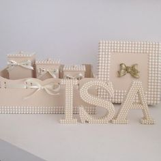 Aqui é só a primeira parte do kit da Isa! Depois tem mais! A mamãe e a vovó…