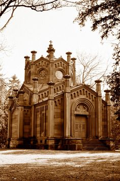 Mausoleum Reichenbach Lessonitz by doomed-forever.
