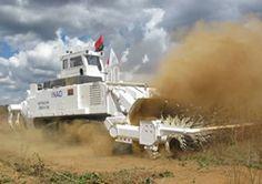 対人地雷除去機について : 日立建機