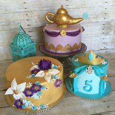 Love the gold cake Jasmine Birthday Cake, Aladdin Birthday Party, Aladdin Party, 6th Birthday Parties, Princess Birthday, Birthday Ideas, Arabian Party, Arabian Nights Party, Princess Jasmine Cake