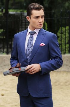 "The character on the CW's ""Gossip Girl"" Chuck Bass is a great example of how modern men should wear suits. Classic style with hints of fun color."