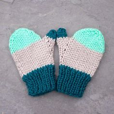 Free Baby Booties Knitting Pattern - Knit your unique little princess a set of lovable Mary Jane booties utilizing our totally free and easy-to-follow...