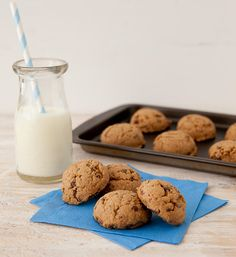 Gluten Free Chocolate Peanut Butter Cookies ~ A great snack or dessert made with the new Post Honey Bunches of Oats Chocolate cereal.