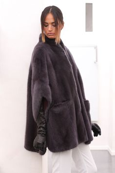 PELZ PELZMANTEL MANTEL NERZ VISONE FUR COAT MINK FOURRURE VISON PELLICCIA норка in Kleidung & Accessoires, Damenmode, Jacken & Mäntel   eBay!