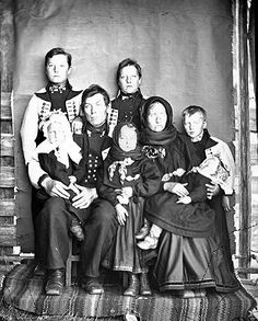 Rosemaling Pattern, Black N White, Traditional Outfits, Family Portraits, My Eyes, Norway, Sweden, Scandinavian, Vest