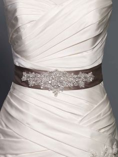 Gorgeous long belt with beading style 0a00056