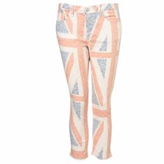 93818f0c55cb MOTO Floral Union Jack Crop Jeans discovered on Fantasy Shopper