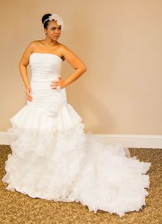 {Fashion Friday} Plus Size Wedding Gown of the Week ~ Pretty Pear Bride by Shafonne {Click for more details}
