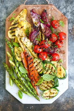 Grilled Vegetable Platter - How to assemble the most AWESOME vegetable platter! No more sad-looking veggies! This is so easy and perfect for entertaining! | foodSenses