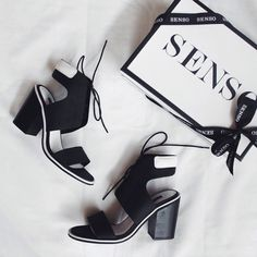 senso 'riley black leather' heeled sandals