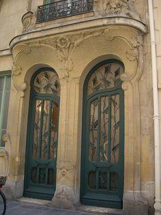 Architecte Octave Raquin . Paris