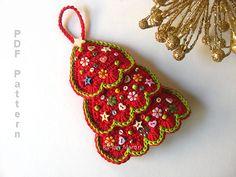 Crochet Christmas Tree Ornament Pattern. Christmas by MariMartin