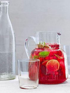Ingredients     240 mls water     240 mls sugar     120 mls basil leaves     480 mls unsweetened cra...