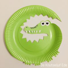 Hugo the crocodile is looking for friends - Kinderbetreuung Paper Plate Art, Paper Plate Crafts For Kids, Animal Crafts For Kids, Fun Crafts For Kids, Toddler Crafts, Diy For Kids, Arts And Crafts, Paper Crafts, Diy Paper